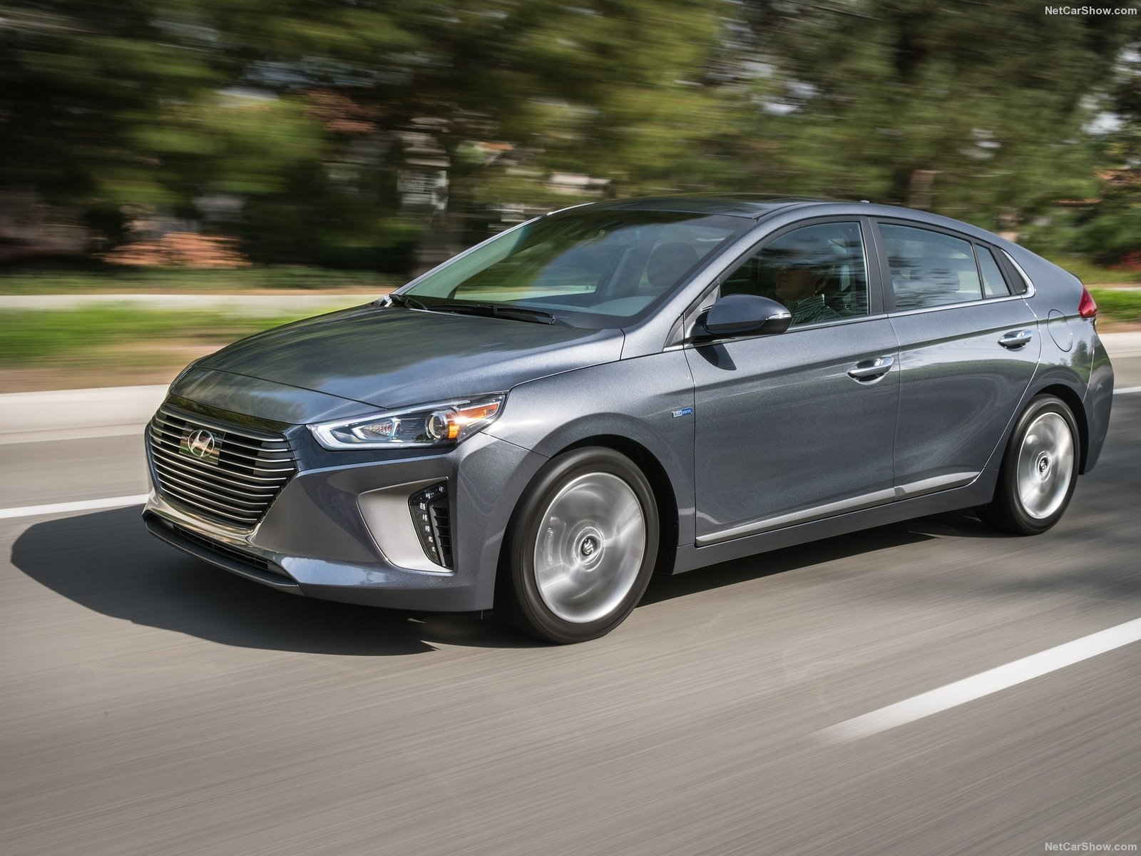 Hyundai Ioniq Electric Hybrid Vehicle In London Finch Toyota Developing Worldfirst Wiring Harnesses Recycling